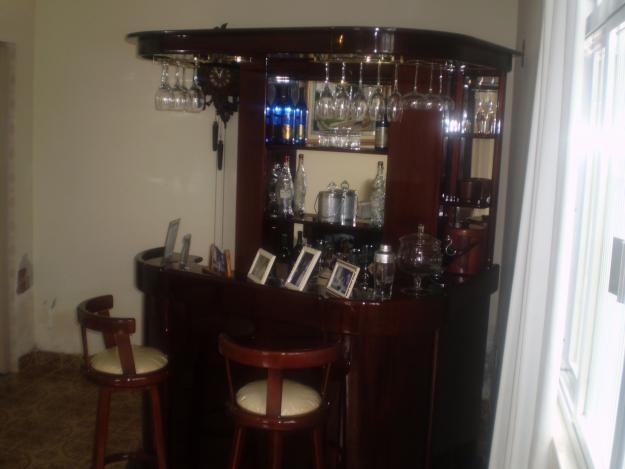 #474355 Bar para Sala Móveis e DecoraçãoDecoração 625x469 píxeis em Bar Para Sala De Estar Moderno Com Rodas