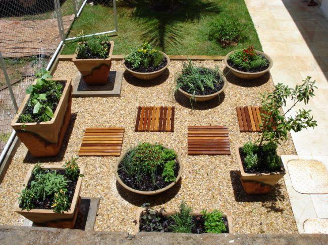 Como Fazer um Jardim Simples e Barato no Quintal  Dicas e Decoração