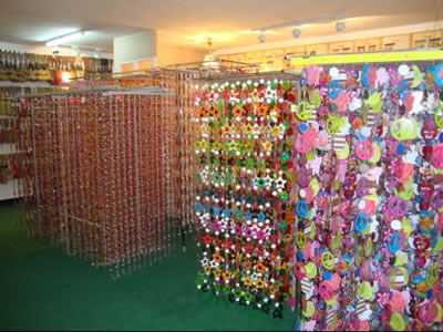 Cortinas decorativas modelos e modernas decora o - Como hacer cortinas de tiras ...