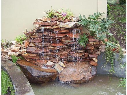 Cascata de pedra para jardim