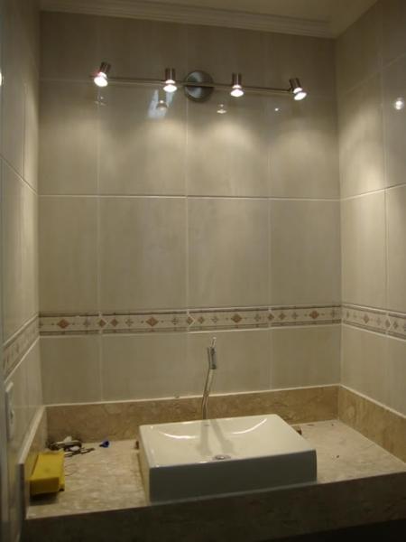 Lustre para Banheiro  Arandelas e Luminárias  Decoração -> Lustre Banheiro Moderno