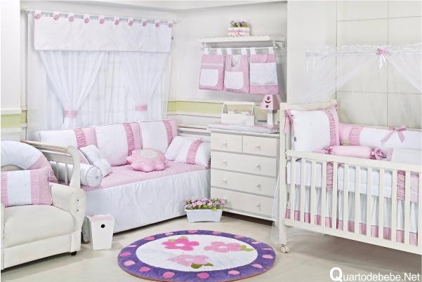 Tapete para Quarto de Bebê Acessórios e Abajur Decoração